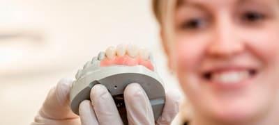 Зубные протезы в караганде цены