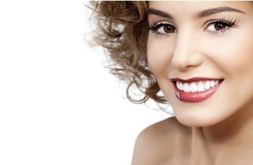 Можно ли делать отбеливание зубов с пломбами?